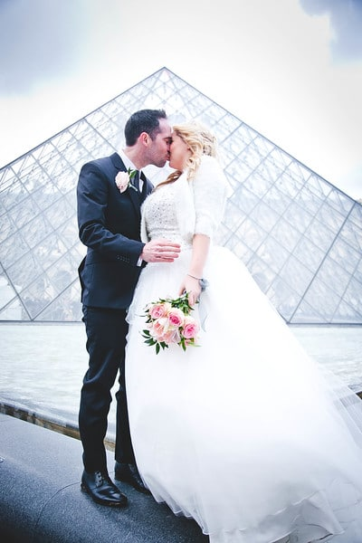 eloping ceremony in paris