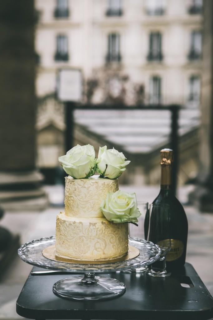 joli-petit-wedding-cake-mariage-intime