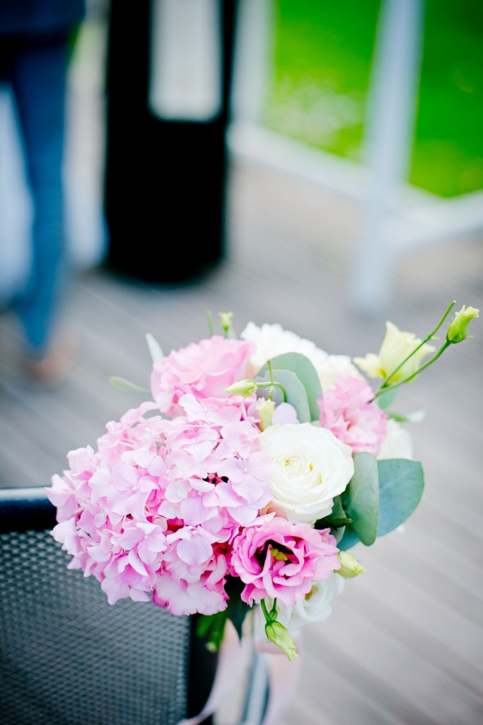 floral-wedding-ceremony-decoration