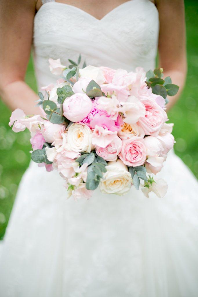 bridal pale pink bouquet