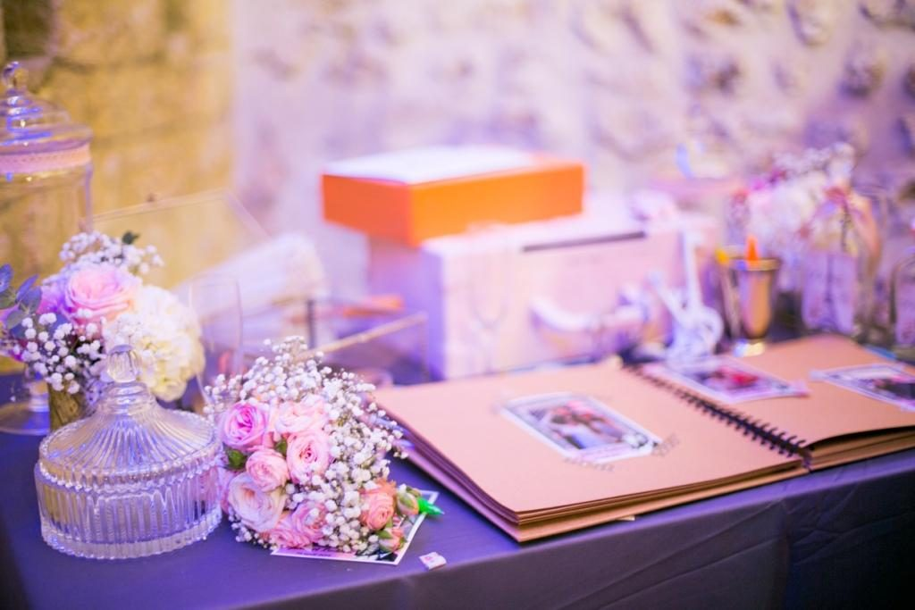 wedding sweat table candy bar