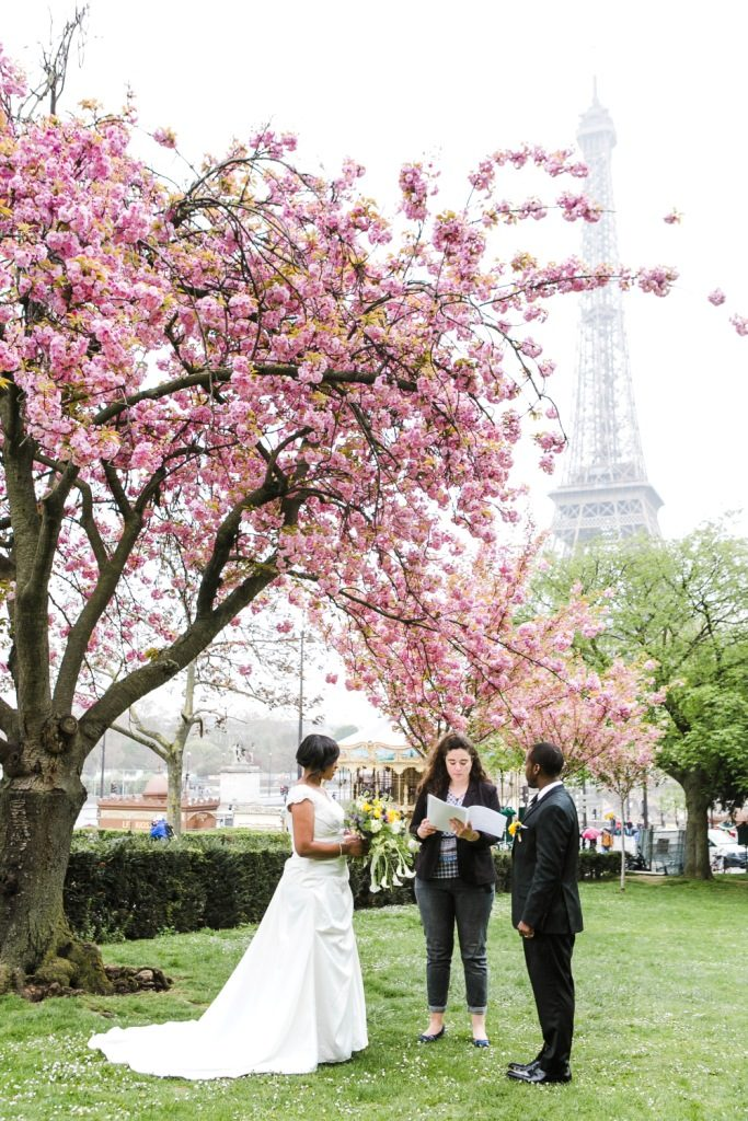 small wedding ceremony paris