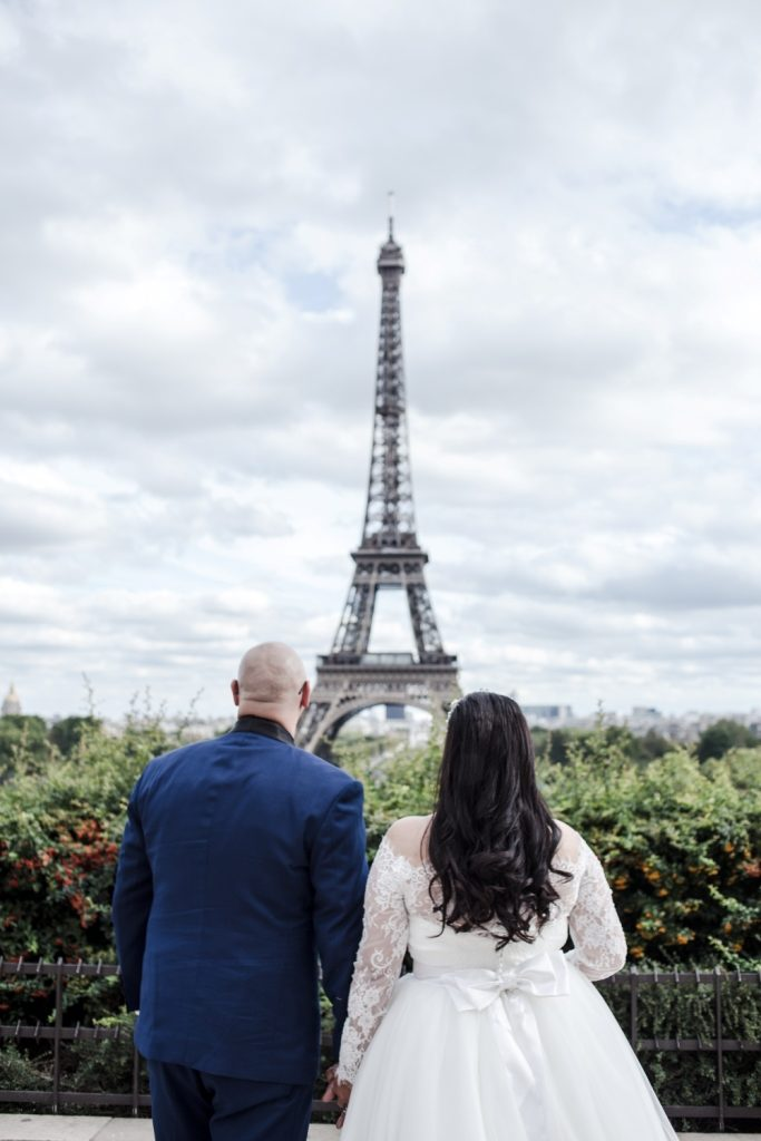 eiffel wedding ceremony