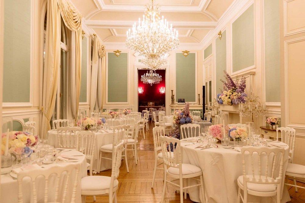 hire a wedding designer paris